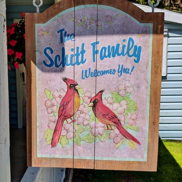 How 'Schitt's Creek' Helped Get Me Through My Divorce