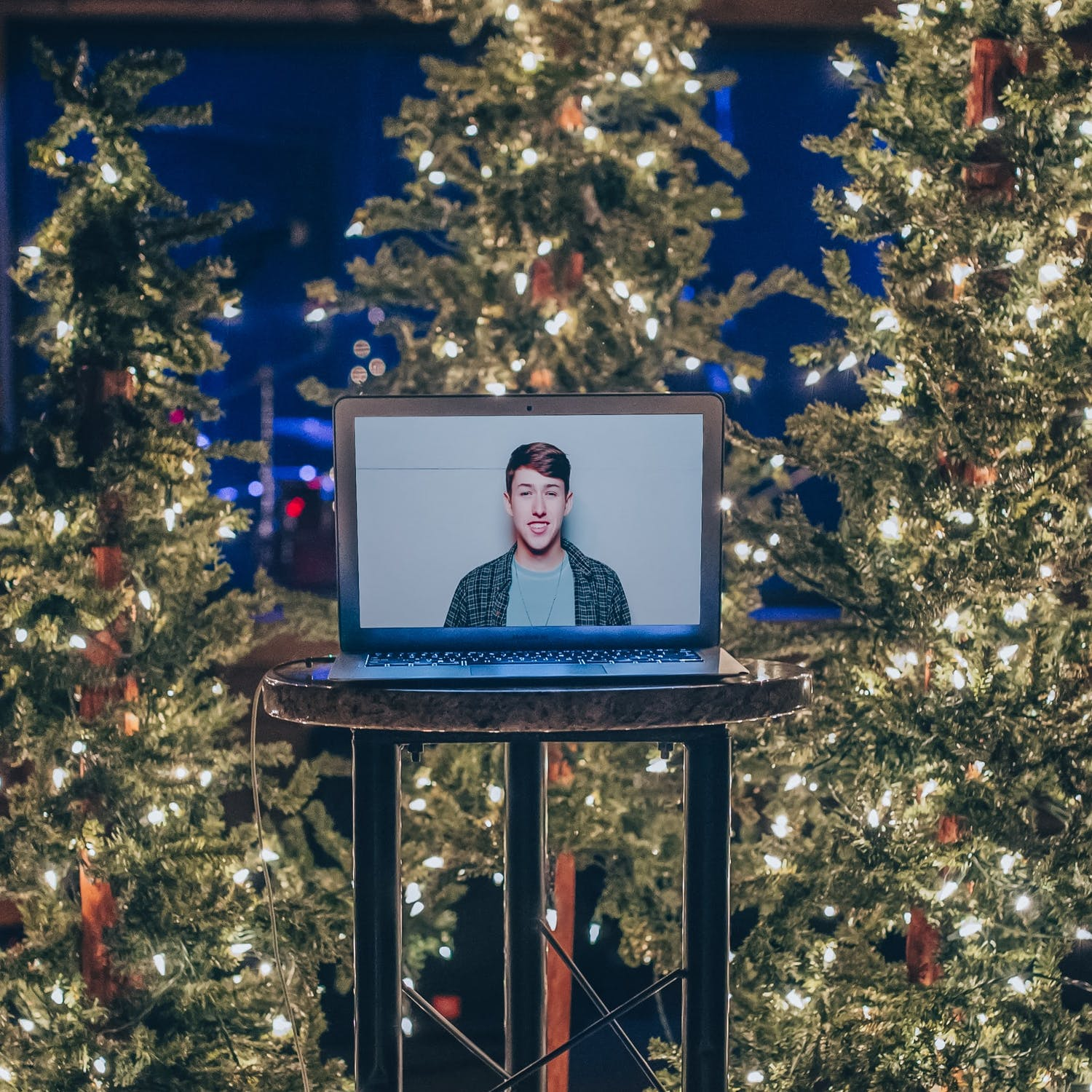 This Year, Let's Be Grateful for the Chance to Have a Virtual Christmas