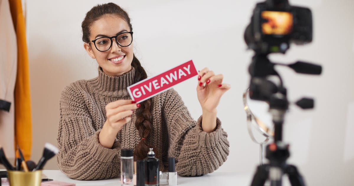 What is Influencer Marketing and how business can use it
