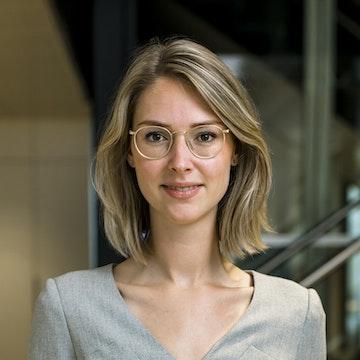 Joyce van der Holst
