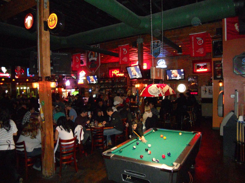green pig pub interior