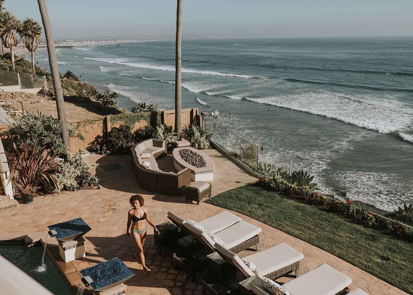 Oceanfront luxury condo