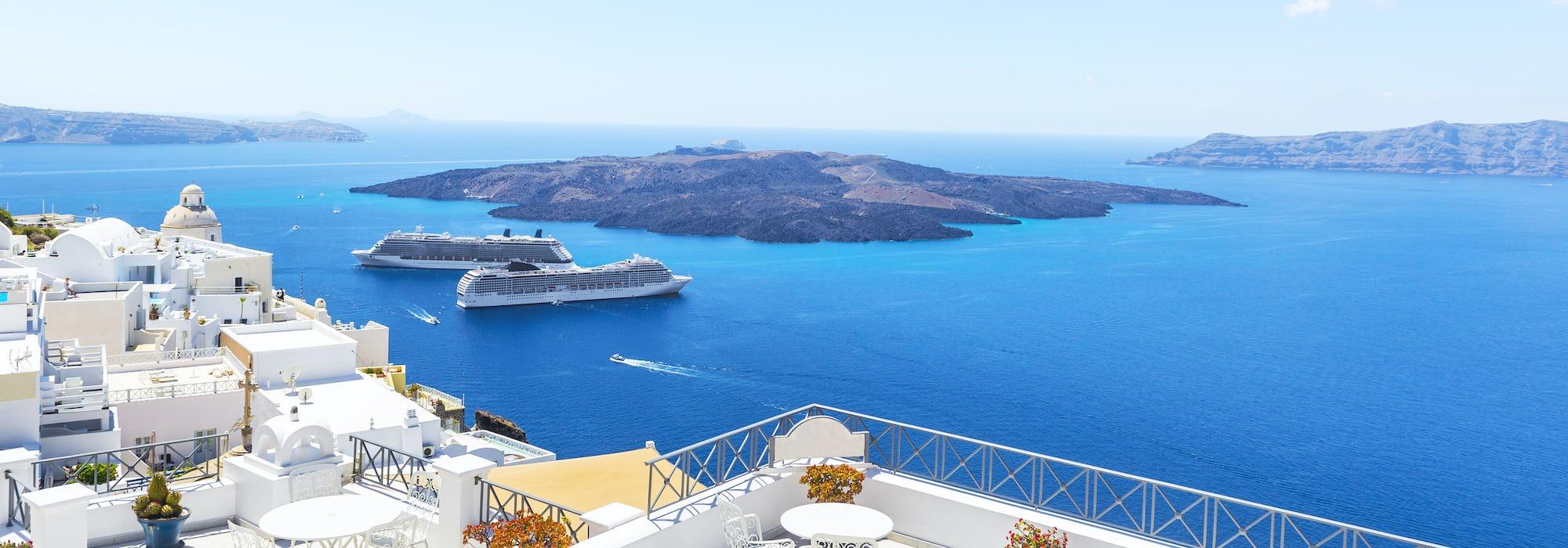 Her finner du Middelhavets fineste cruise - opplev flere spennende destinasjoner på en og samme reise. Middelhavet er blant Tickets mest bestilte ruter og det er ikke vanskelig å forstå hvorfor.