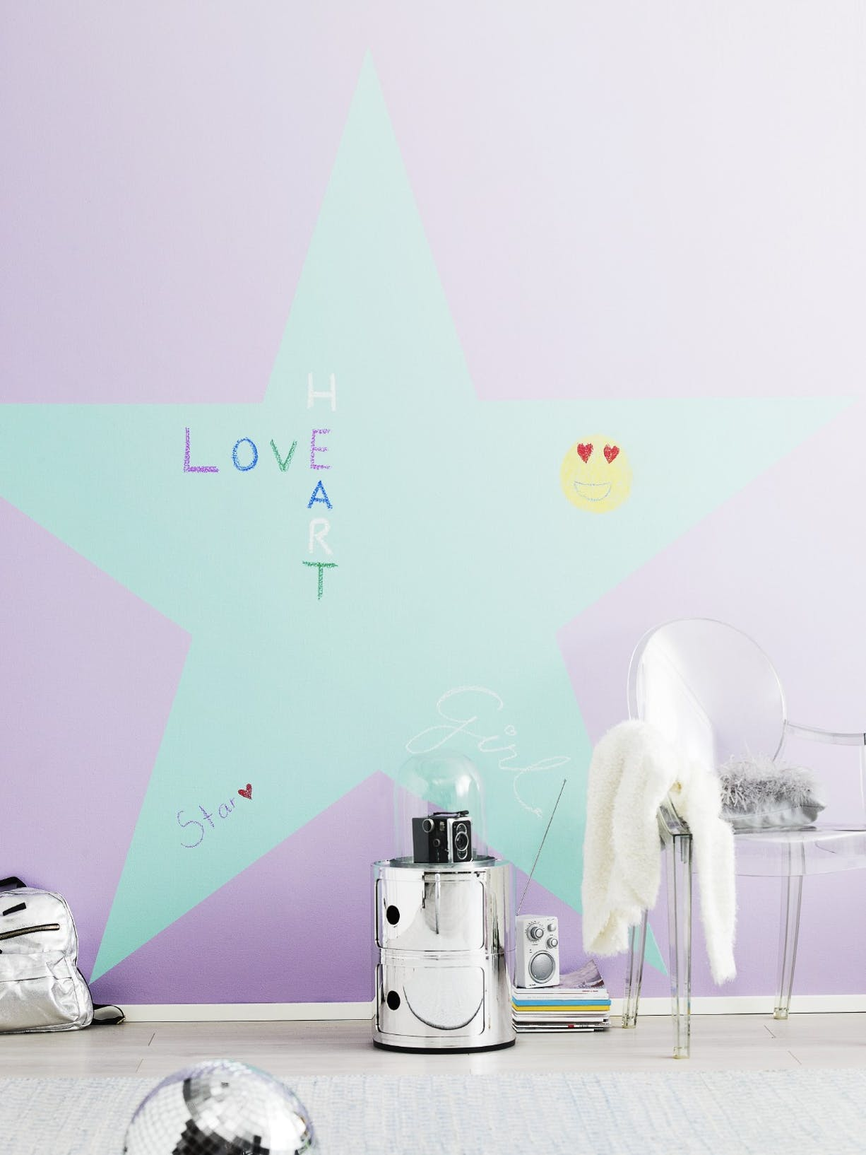 Star Chalkboard Wall Kids Bedroom left Image