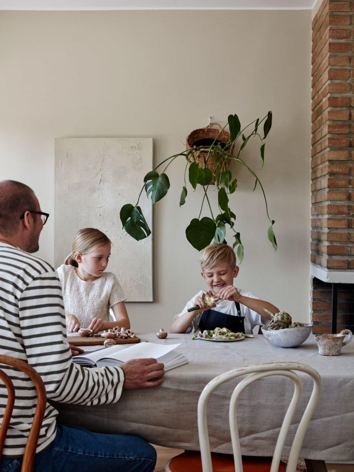 Feel the Colour Collection   Bohemian Dining Room Interior   Tikkurila