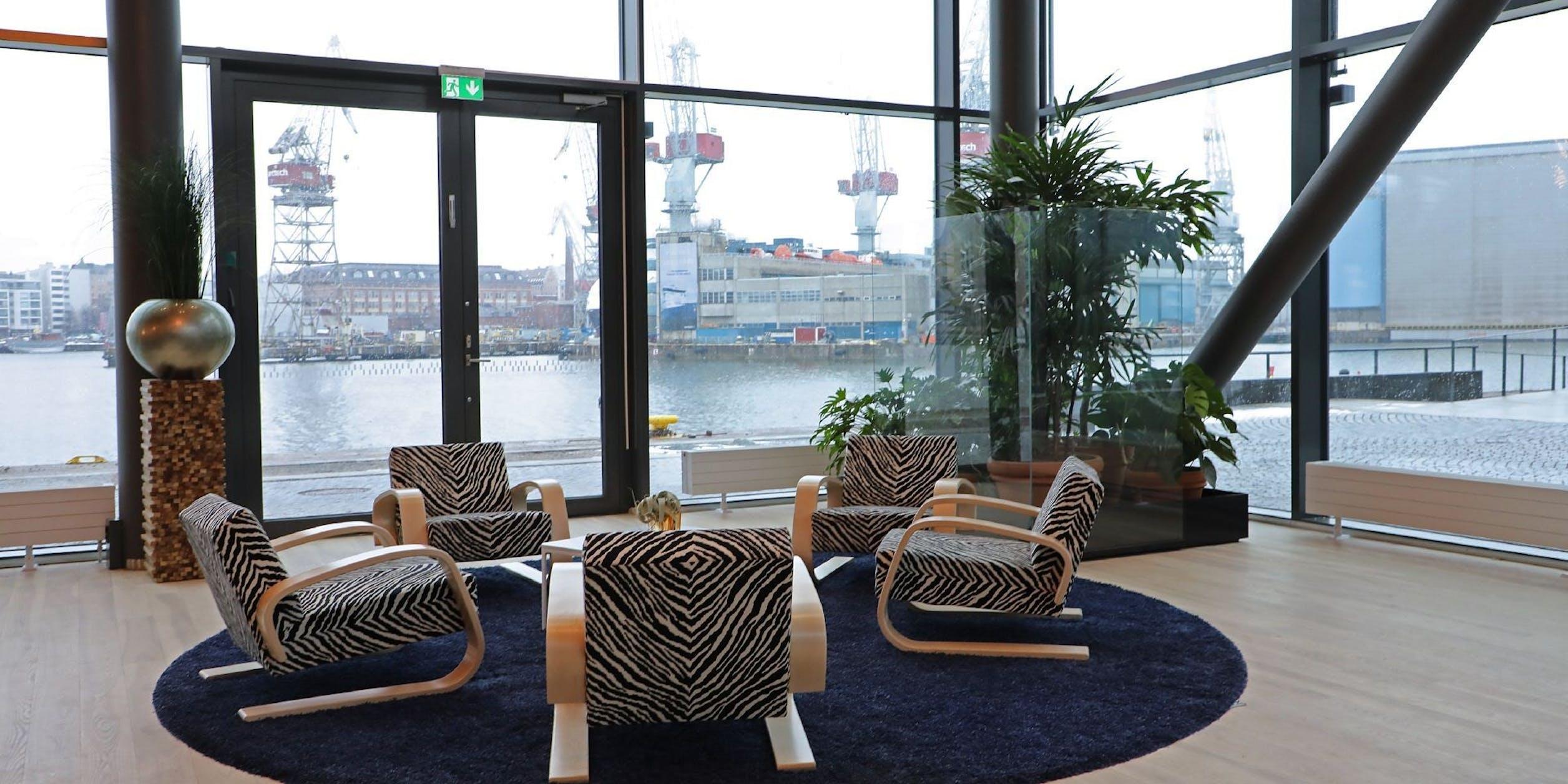 Clarion Hotel Helsinki Waiting Area image
