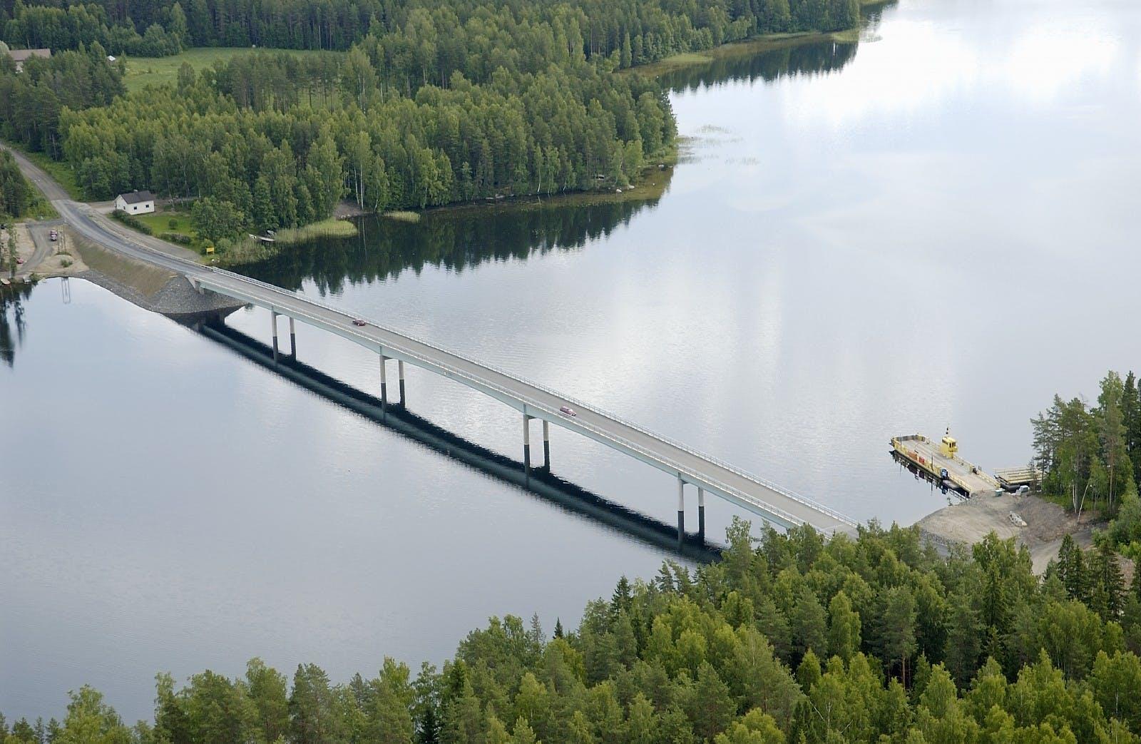 New Steel Bridges - left Image