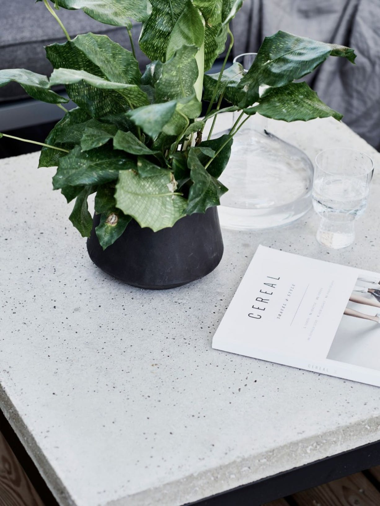 Concrete table makeover for the patio | Left Image