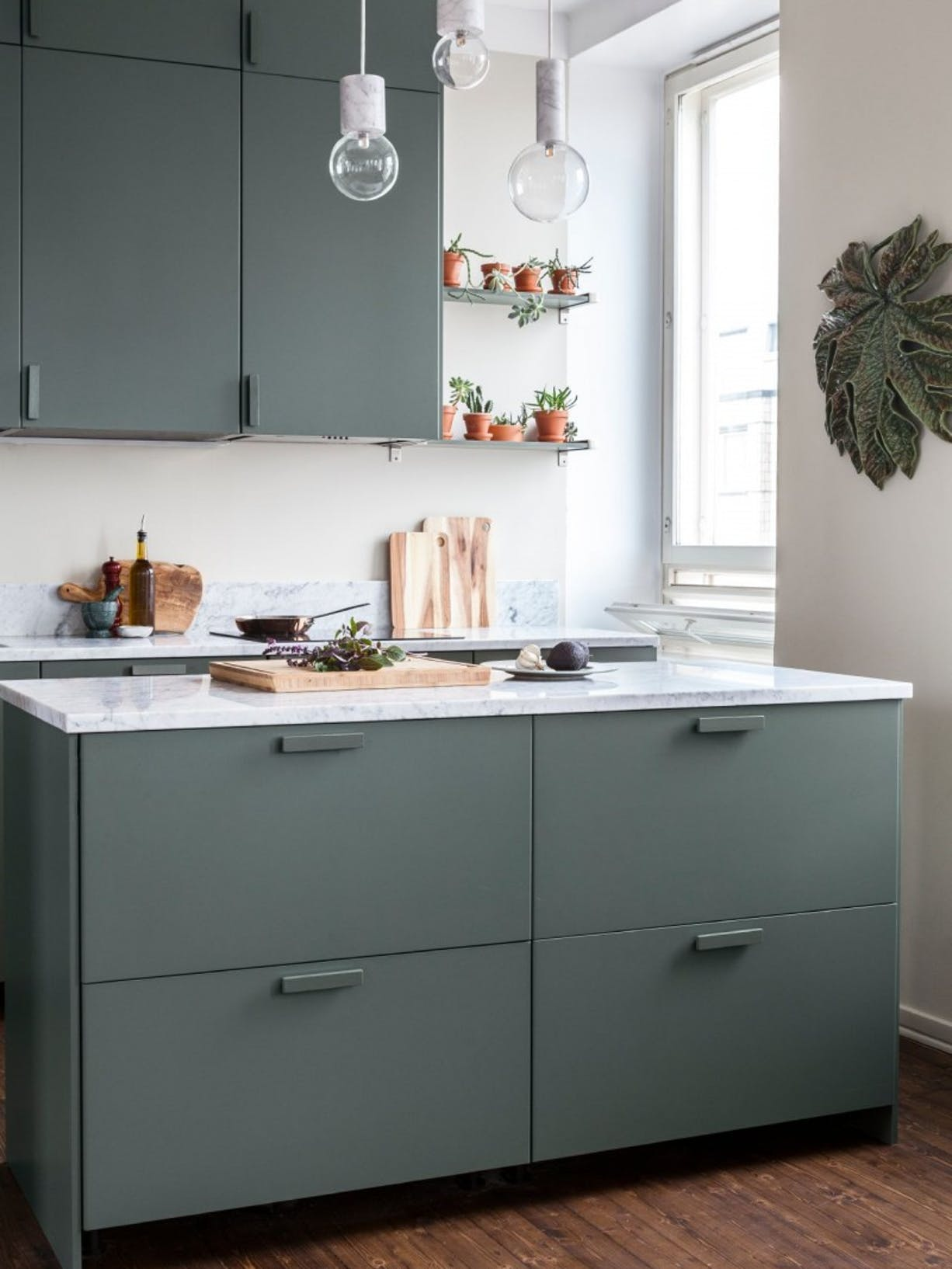 DIY Painted Kitchen Cupboard Refresh - Tikkurila Abyss - right image