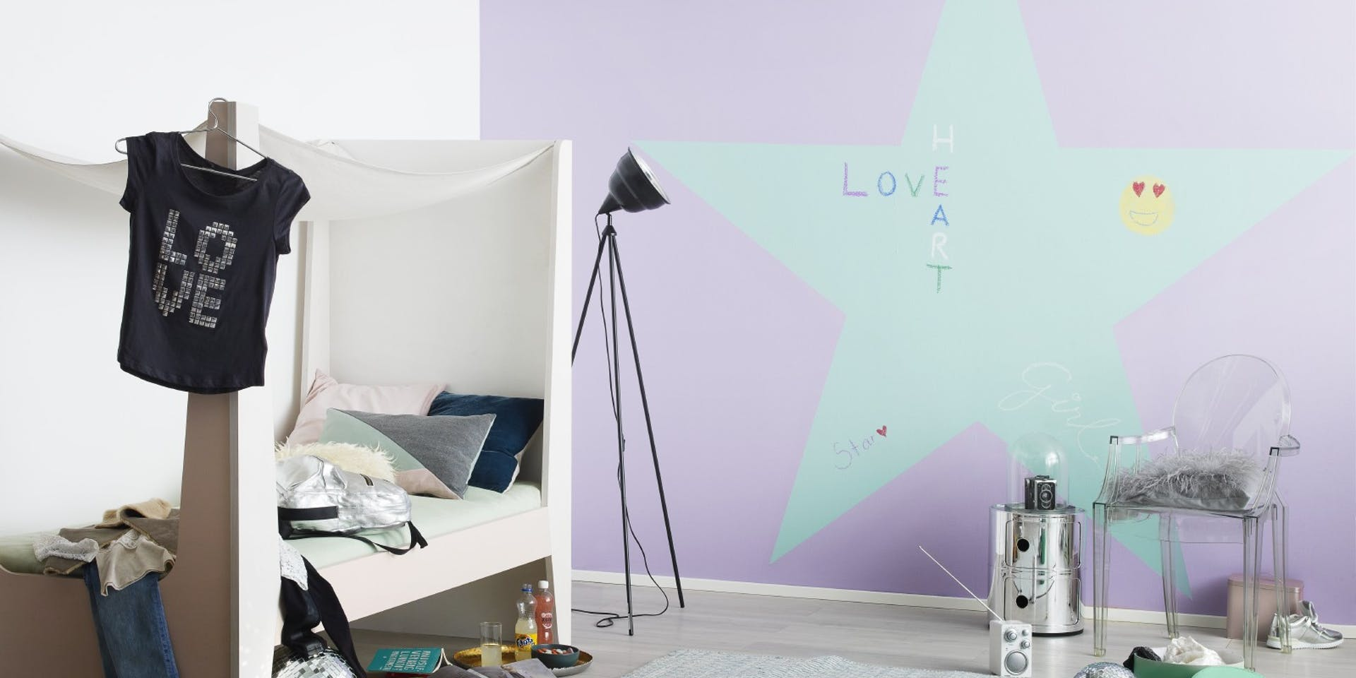 Star Chalkboard Wall Kids Bedroom wide Image