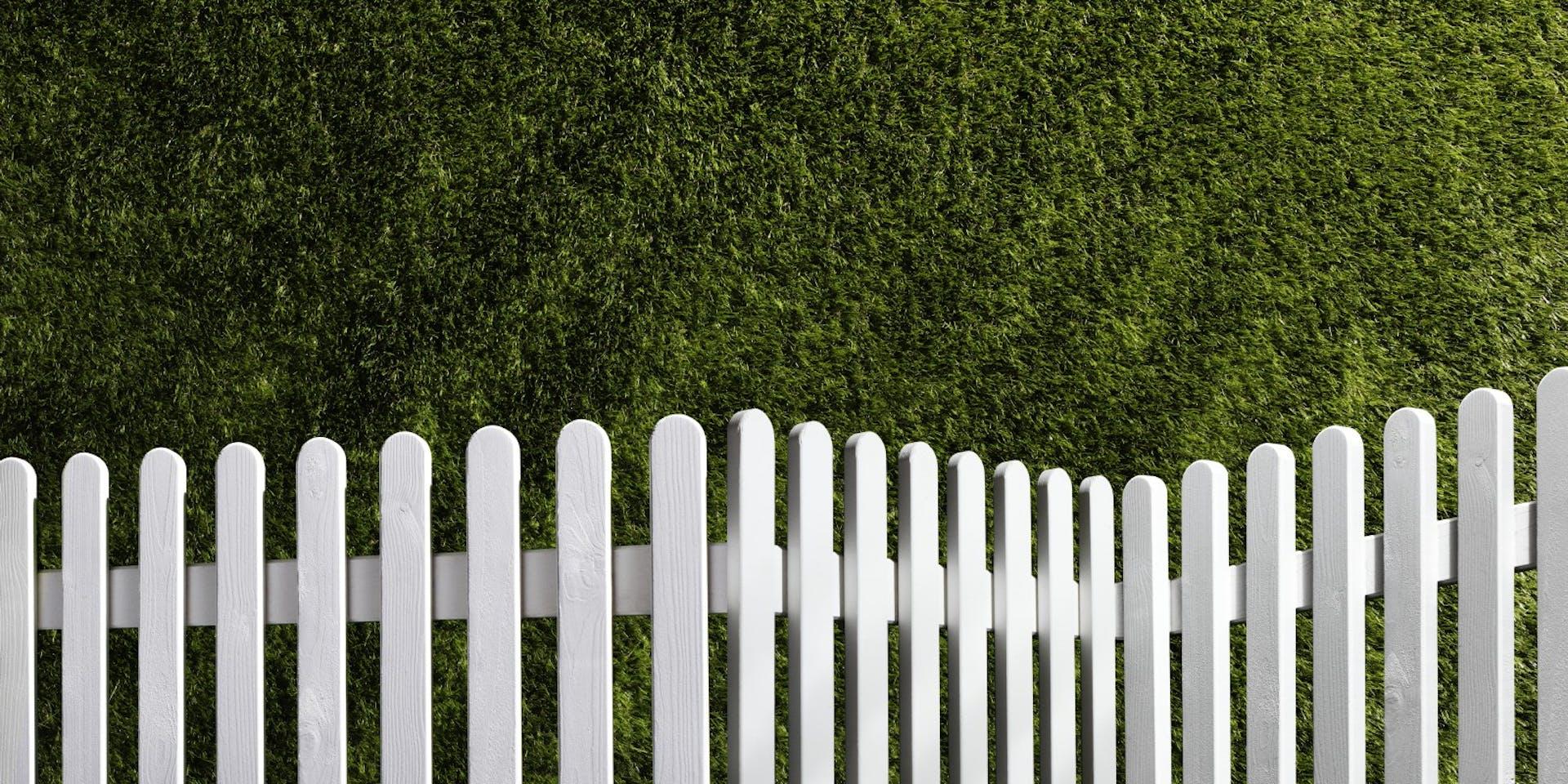 Garden DIY Tips | Hero Image Fence | Tikkurila