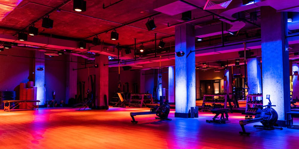 Group exercise studio at TMPL Hells Kitchen gym