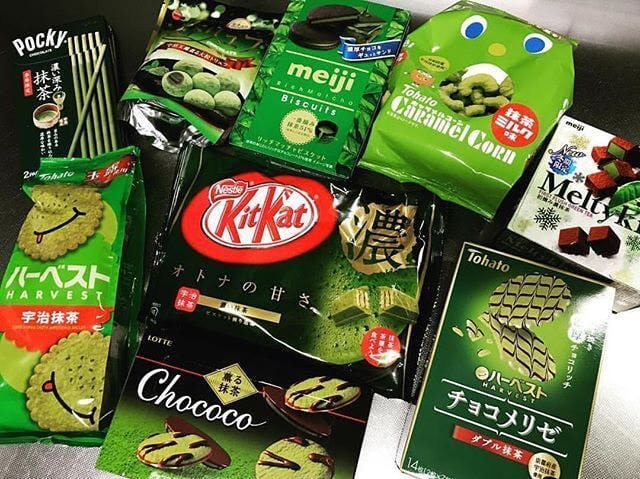 A variety of matcha flavored Japanese kit kats and snacks