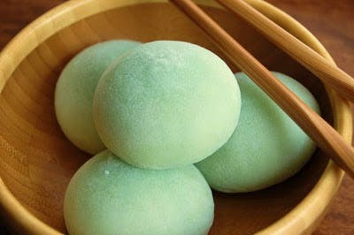 Matcha flavored Japanese rice cakes, called mochi