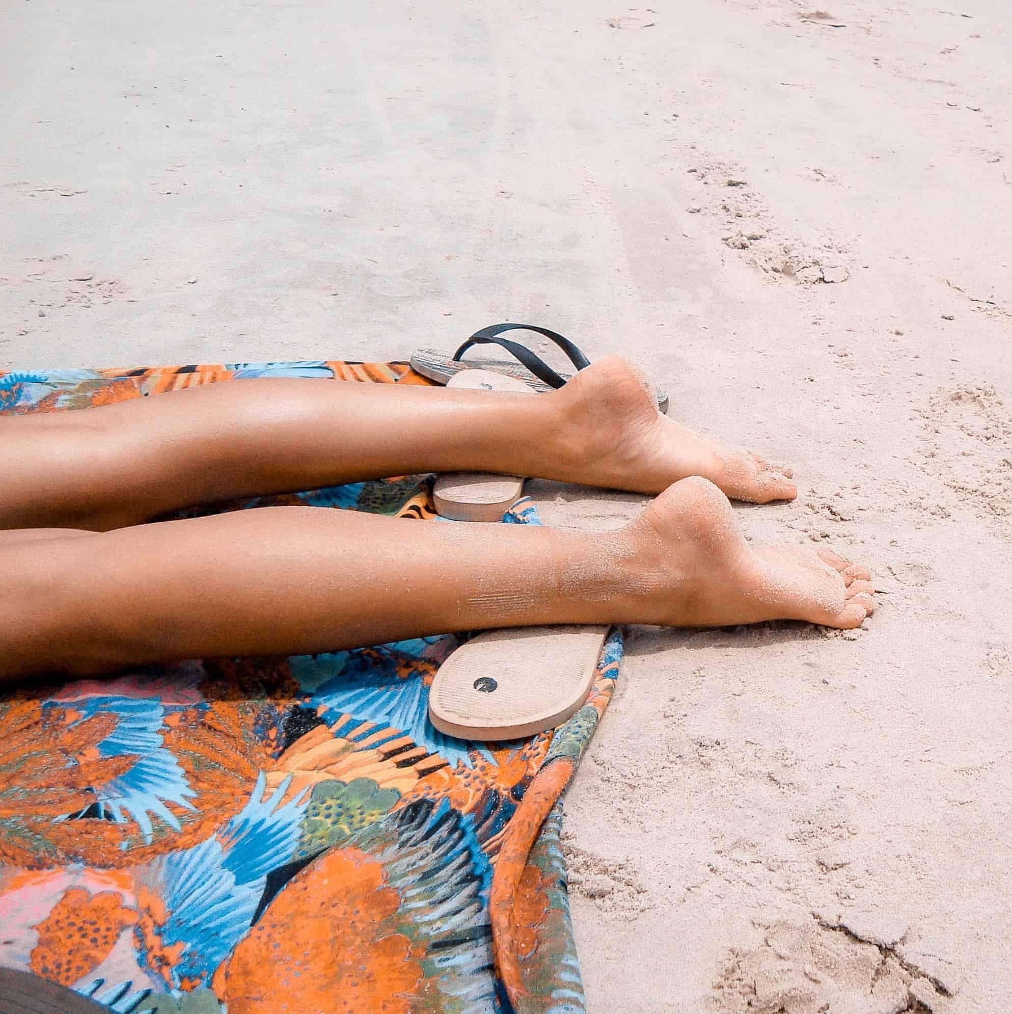 Sandales sur la plage