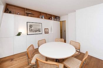 Rénovation d'un appartement avec meubles sur-mesure