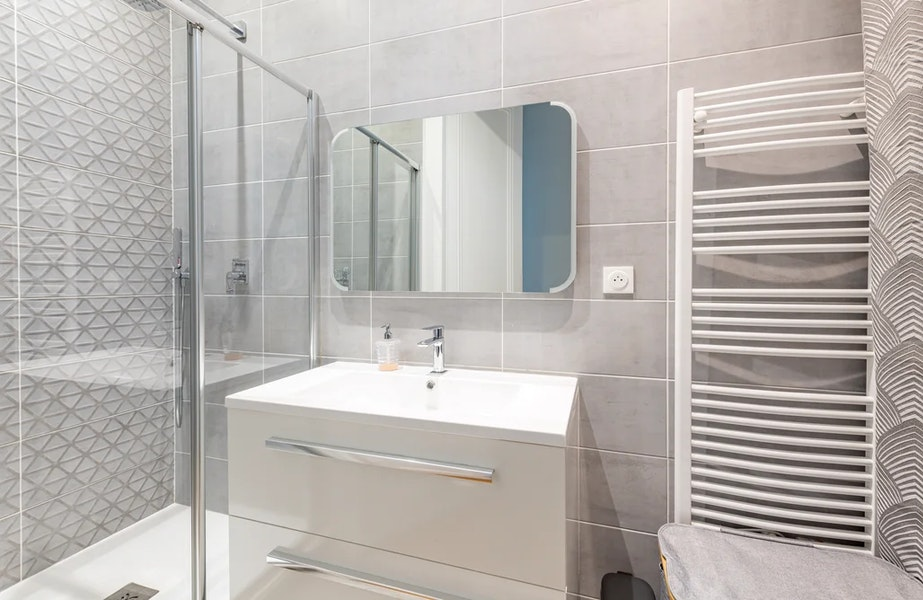 Rénovation Salle de bains 7 m² dans un appartement à Lyon