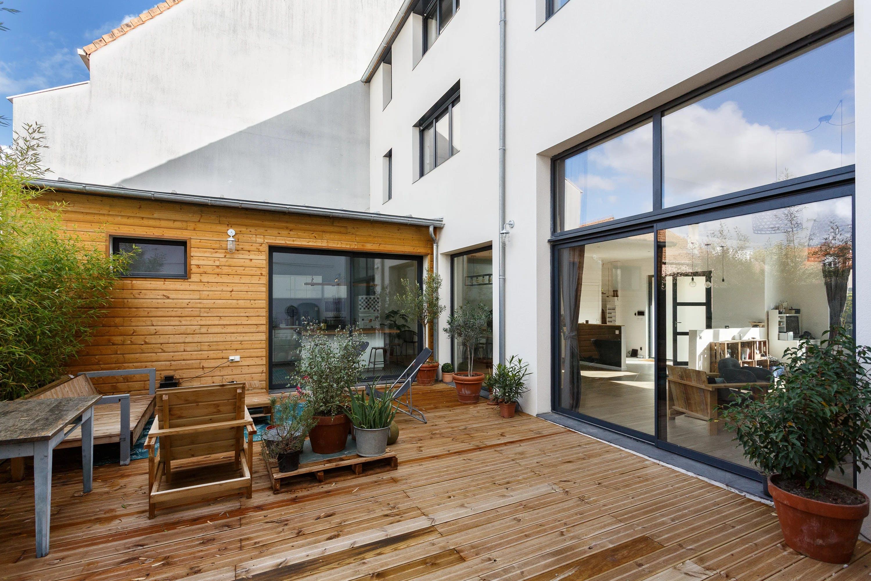 cour maison 200 m²