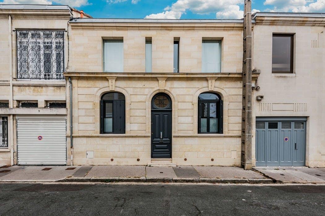 Choix des matériaux pour une surélévation à Bordeaux