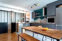 Appartement tout en modernité et en bois
