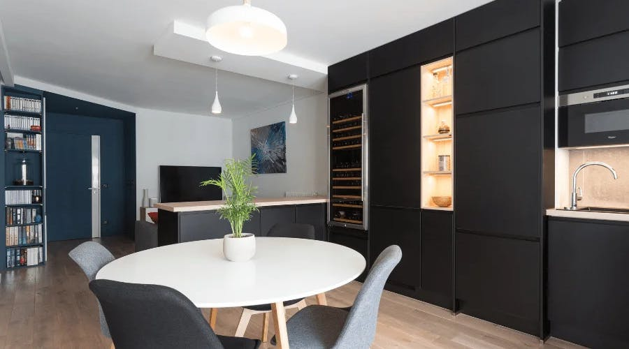 appartement à paris 13 salle à manger éclairée