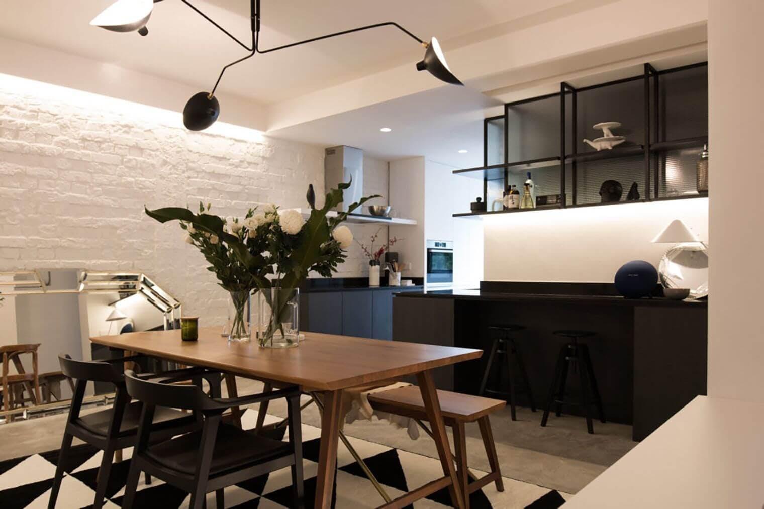 Salle à manger rénovée avec déco moderne