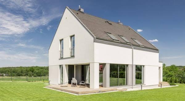 Maison d'architecte traditionnelle à étage