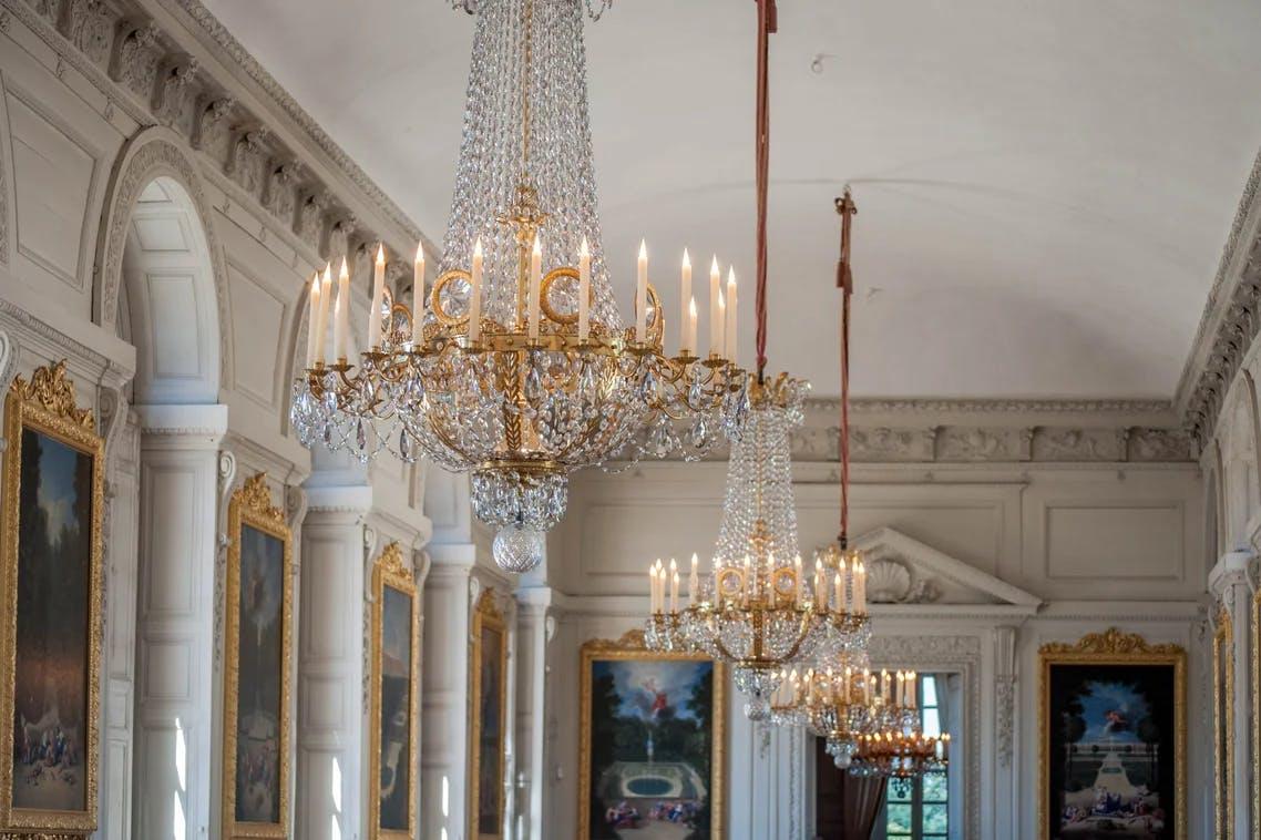 Détails architecturaux affinés - Château de Versailles