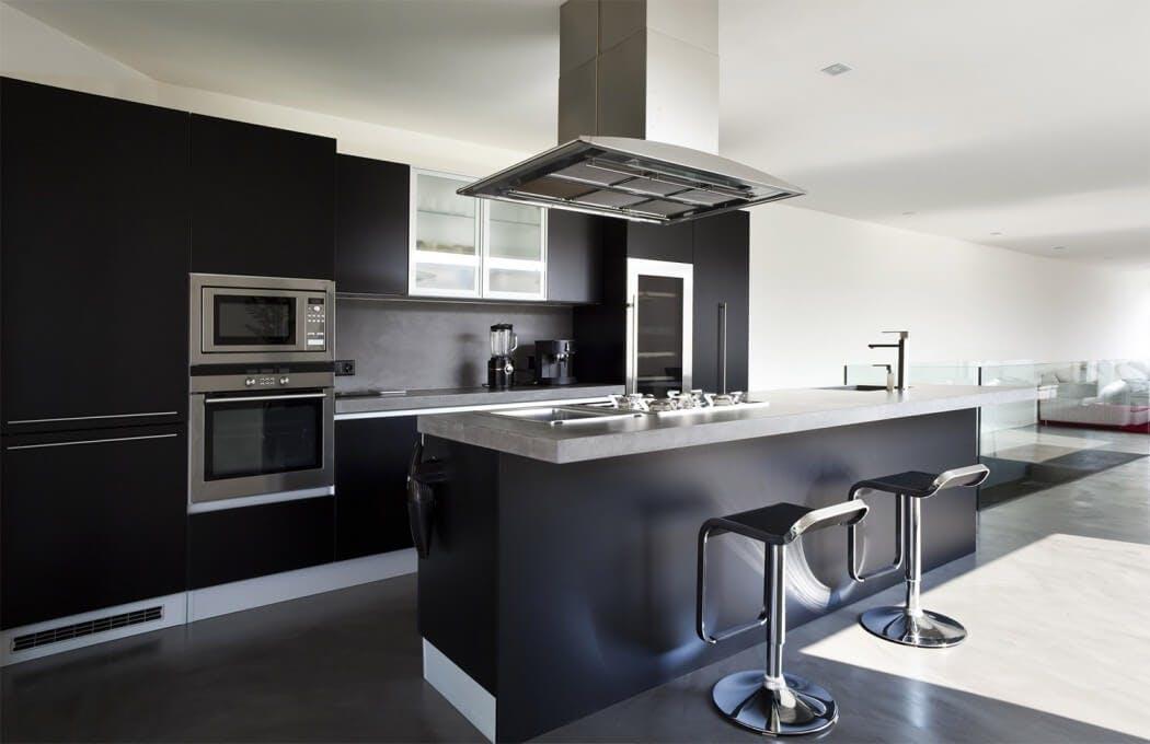 Différence entre une cuisine équipée ou aménagée