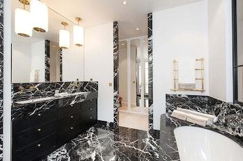 Rénovation haut de gamme intégrale d'un appartement de 220 m² à Paris 8