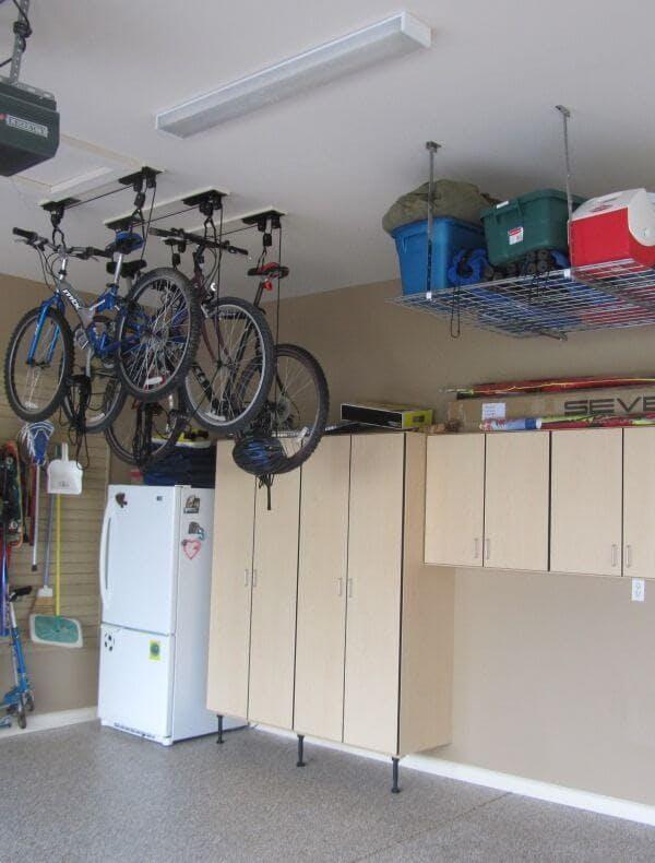 Rangement de garage pour plafond