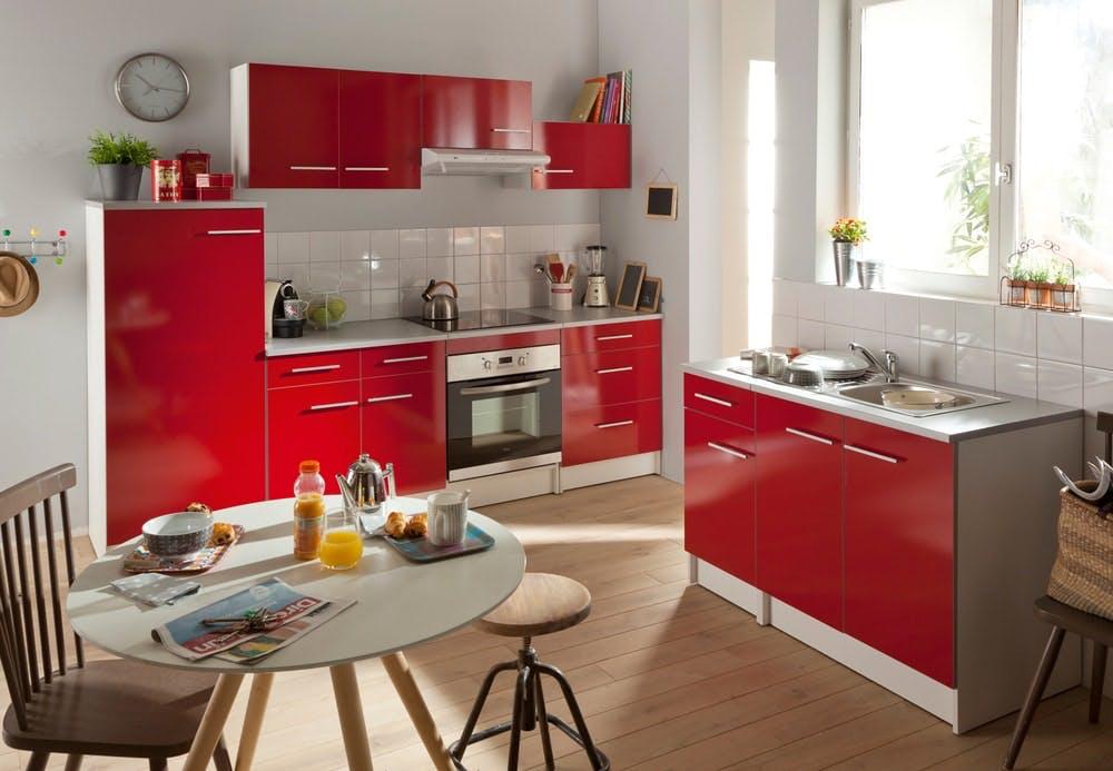 cuisine Conforama coloris rouge