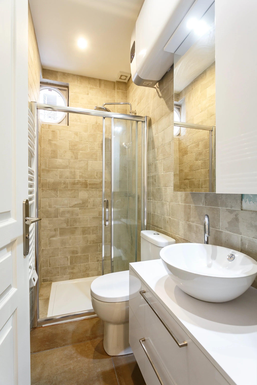 studio rénové lumineux paris salle de bains