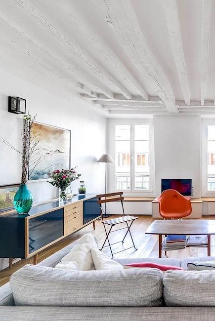 Déco appartement avec poutres apparentes
