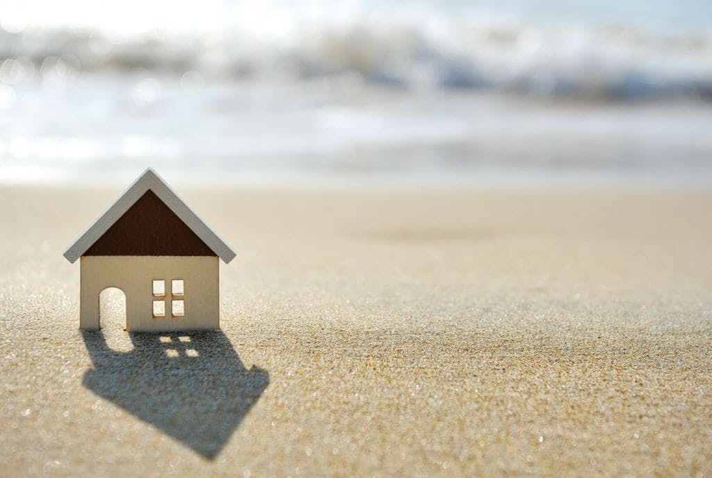 Little house in the sand