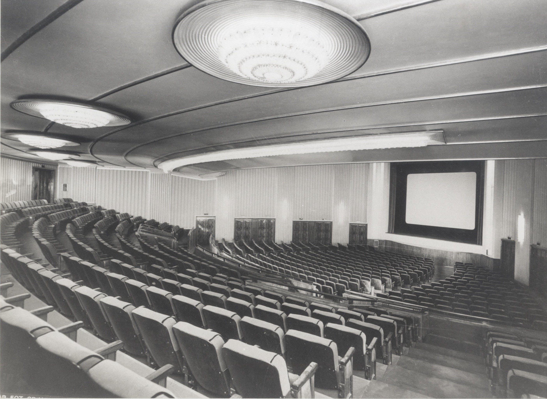 Cinema Metro Astra in corso Vittorio Emanuele, sala di proiezione, 1941, progetto dell'architetto Alessandro Rimini