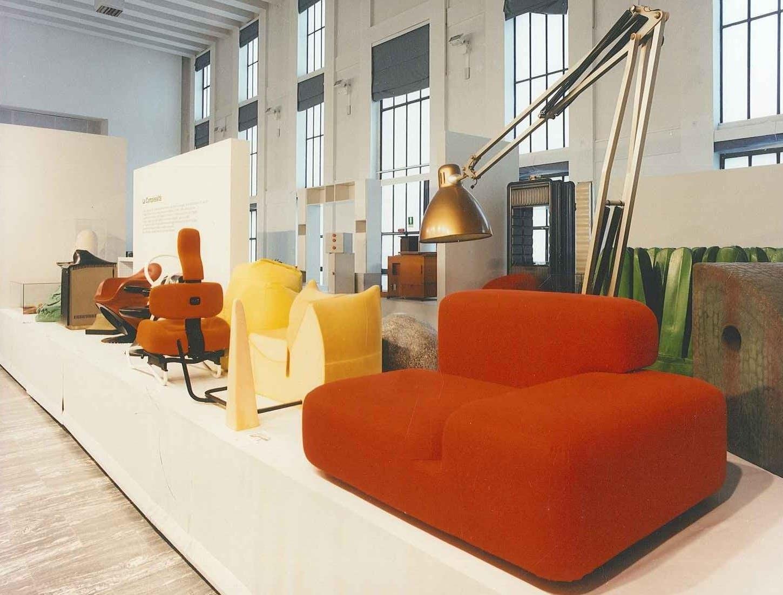 Il design italiano 1964 1972. Dalla programmazione alla complessità. Triennale Milano, 1996. Foto Giovanni Chiaramonte © Triennale Milano