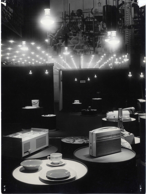 Seconda parte della Mostra internazionale dell'Industrial Design, XI Triennale, 1957. Foto Sergio Bersani © Triennale