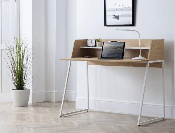 A minimalist desk from Cuckooland.