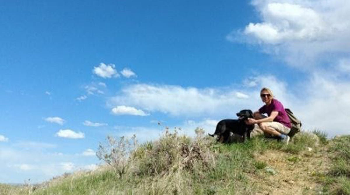 Sim & Layla out for a hike in Morrison, CO