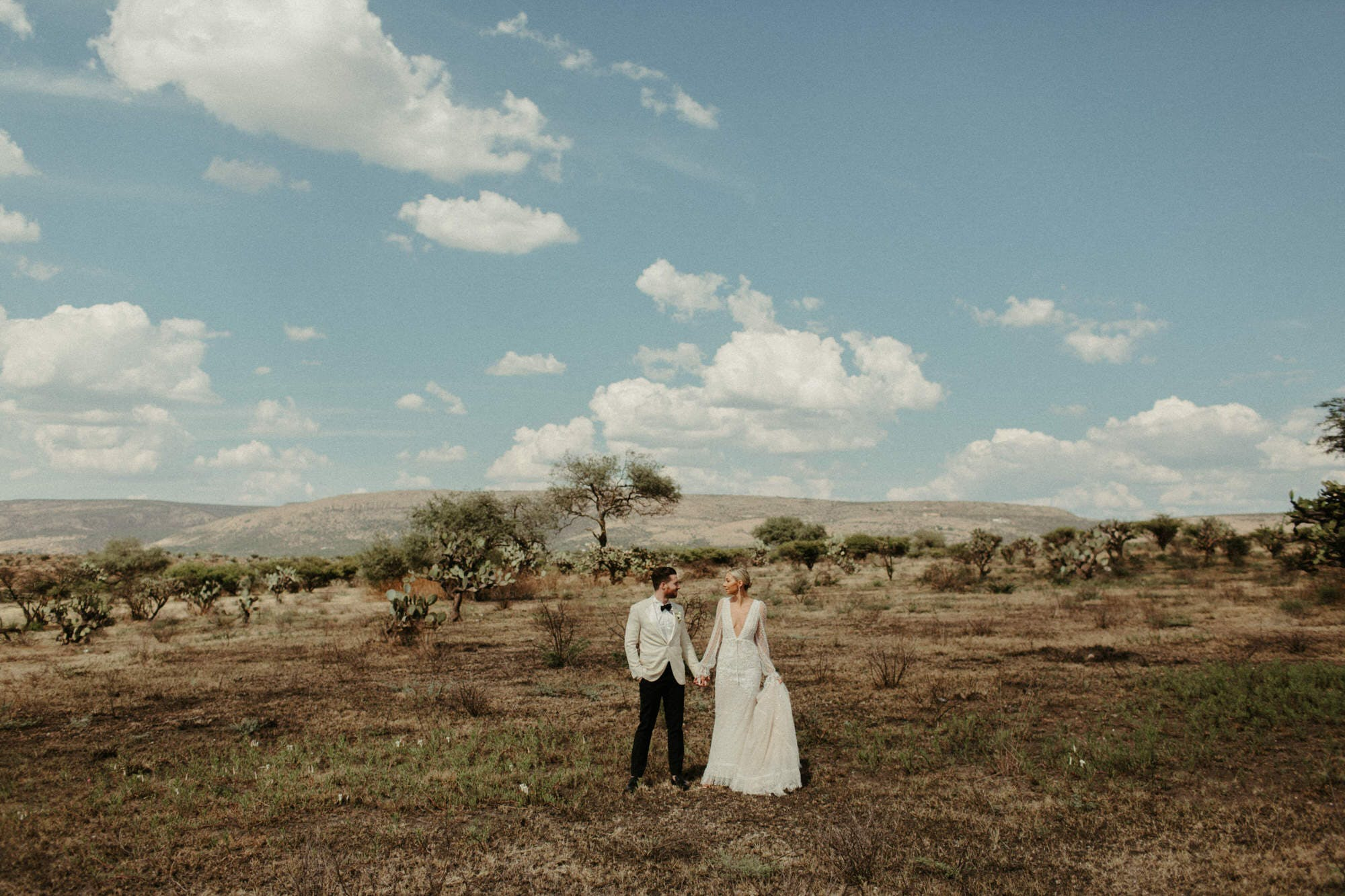 cinematic style wedding photographer