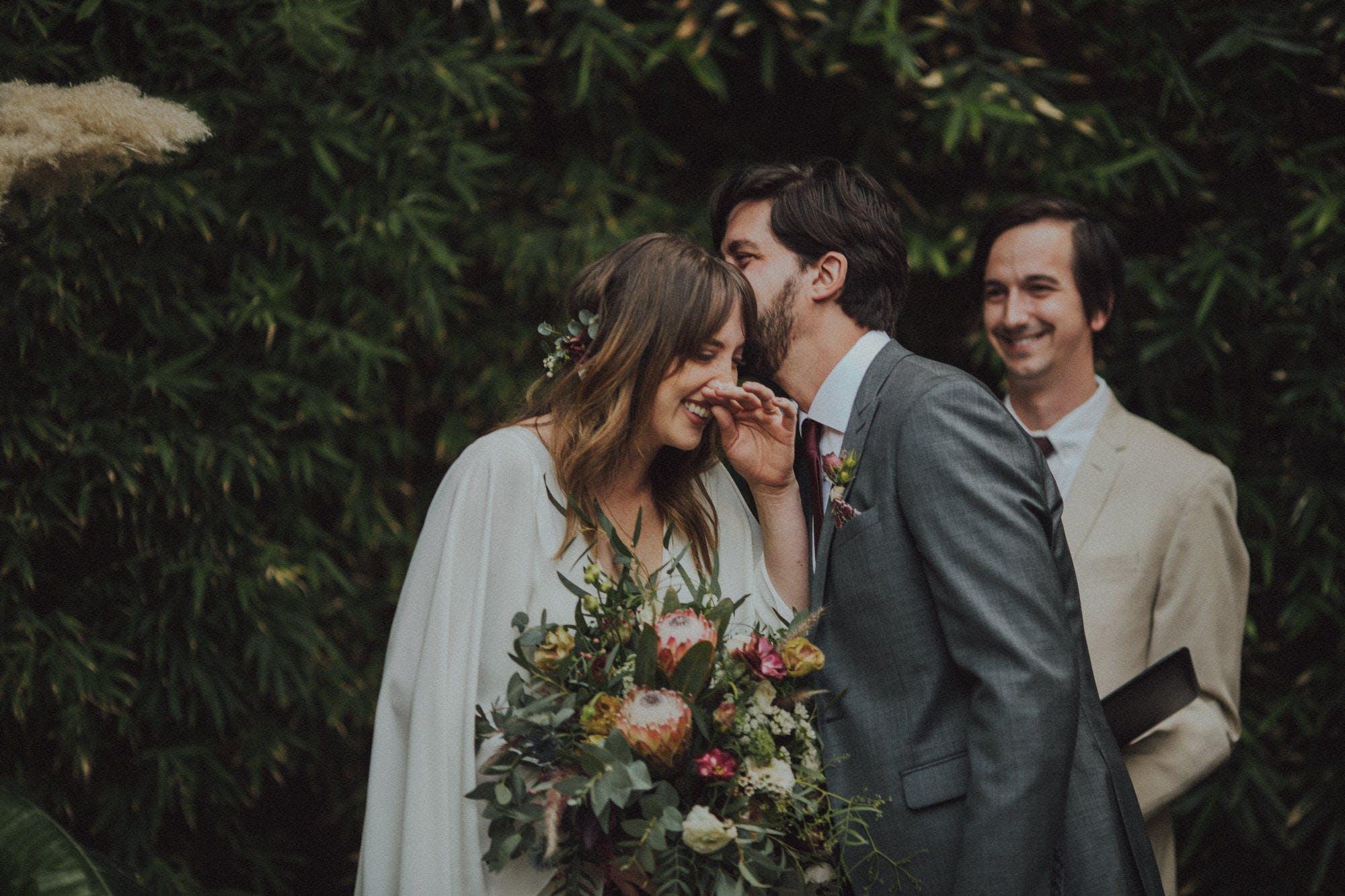 candid moments wedding photography