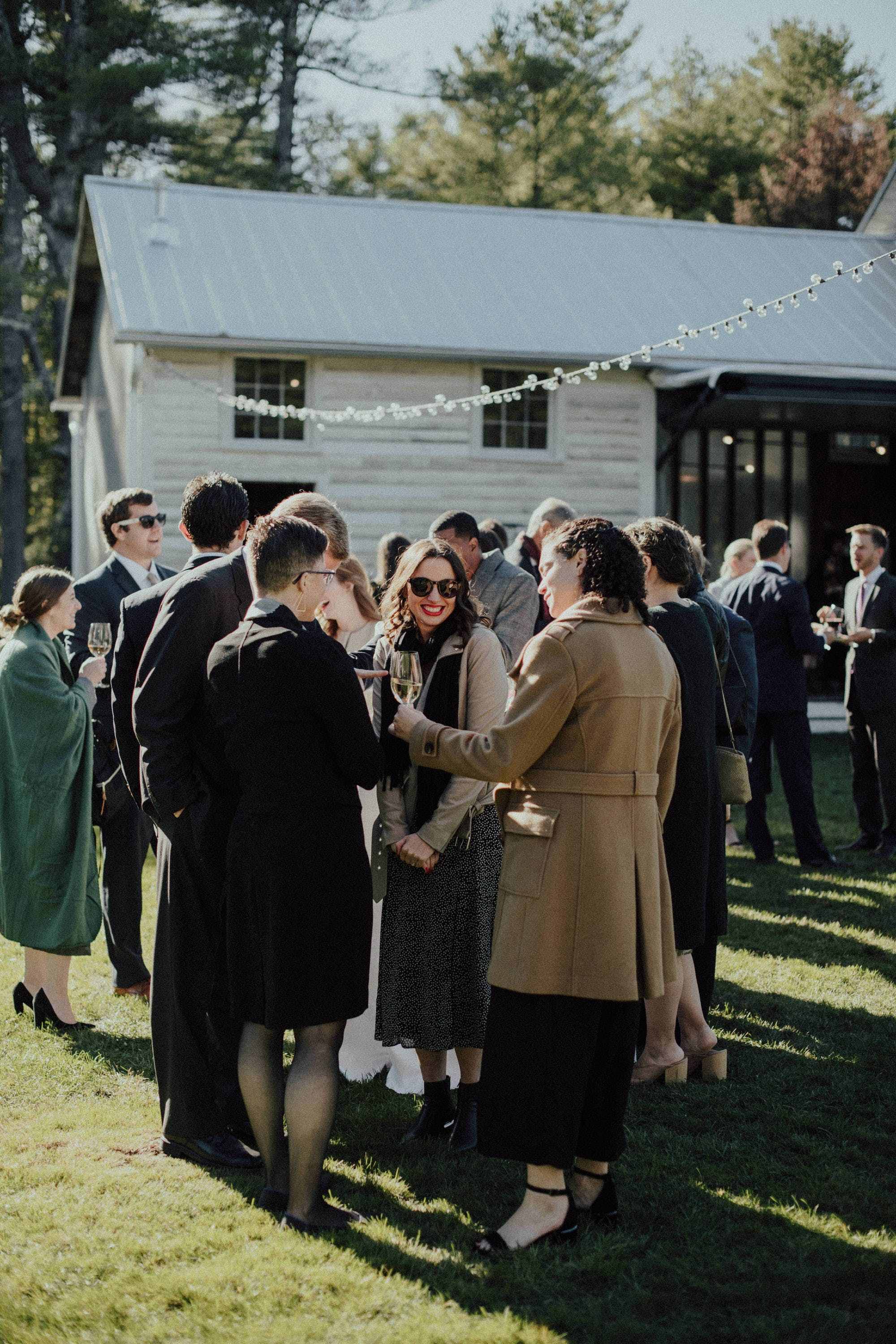 candid photos of stylish wedding guests