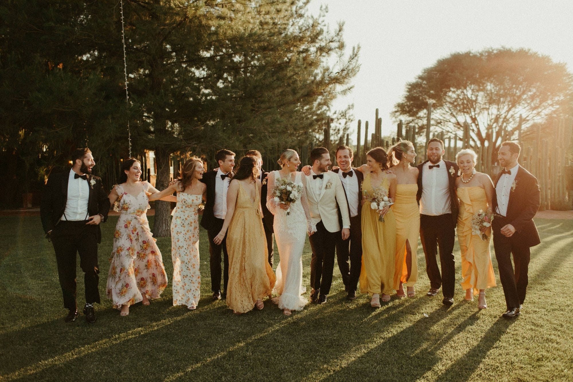 lifestyle bridal party pictures