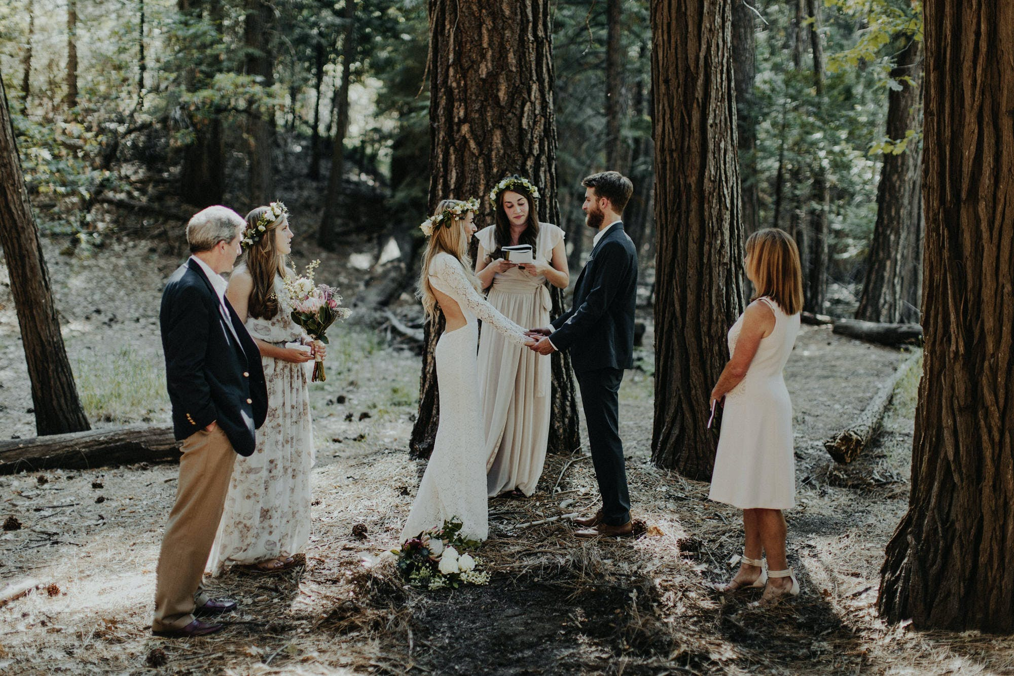 small intimate elopement in yosemite photographer