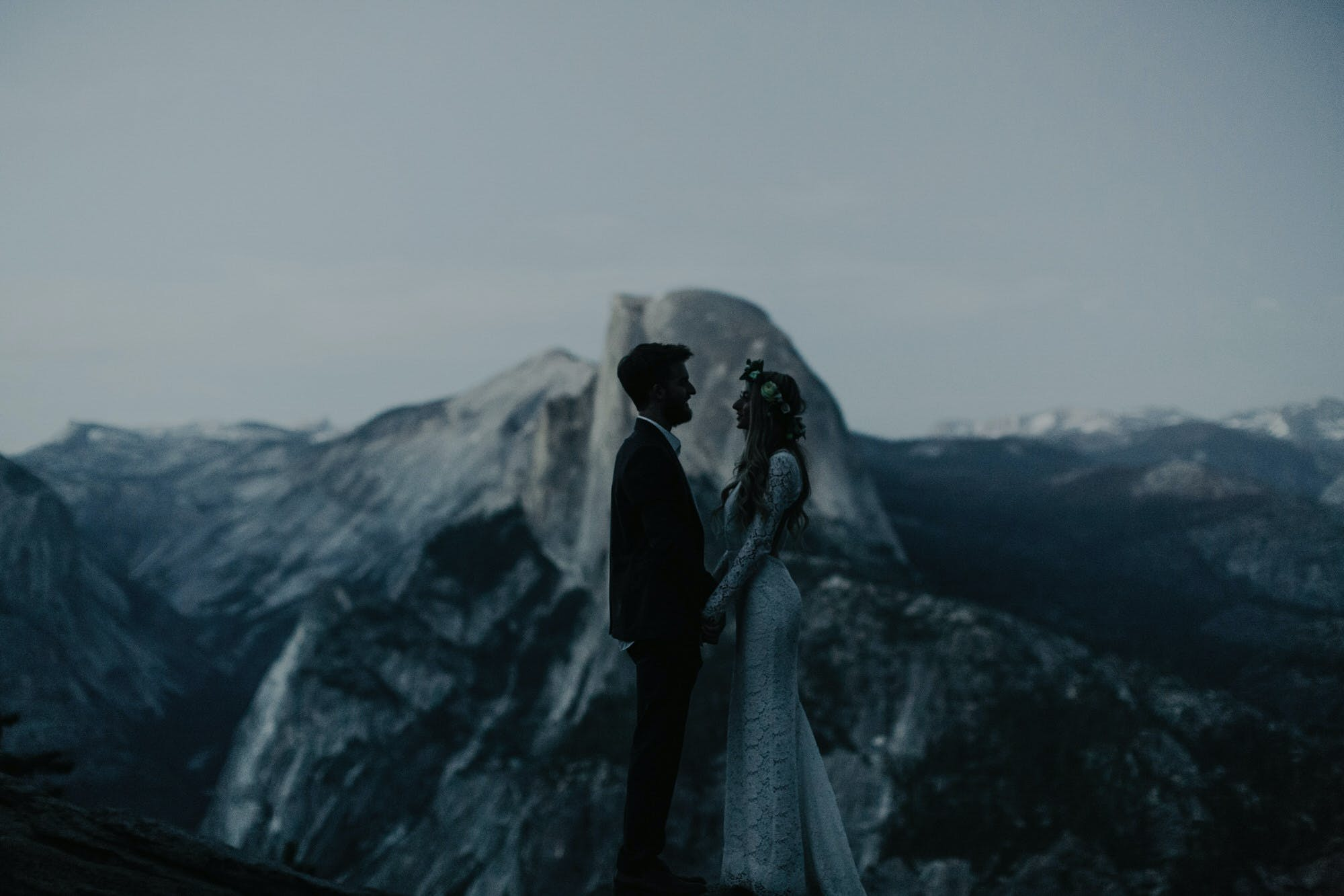 dark and moody pictures from yosemite wedding
