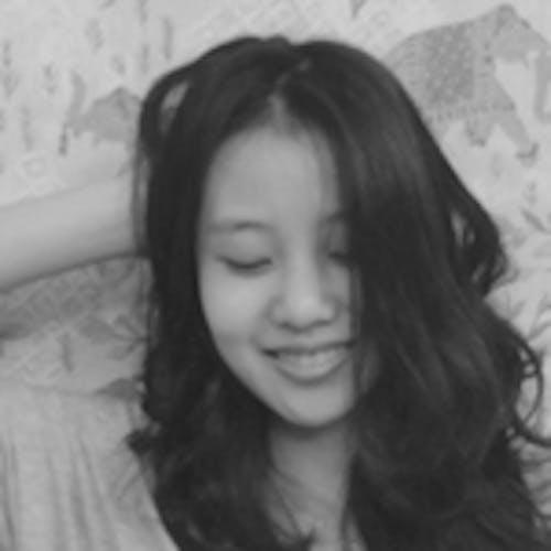 Portrait of student: Linyi Zhang