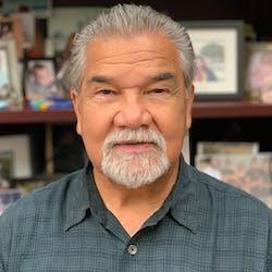 Education profesor Danny Solorzano
