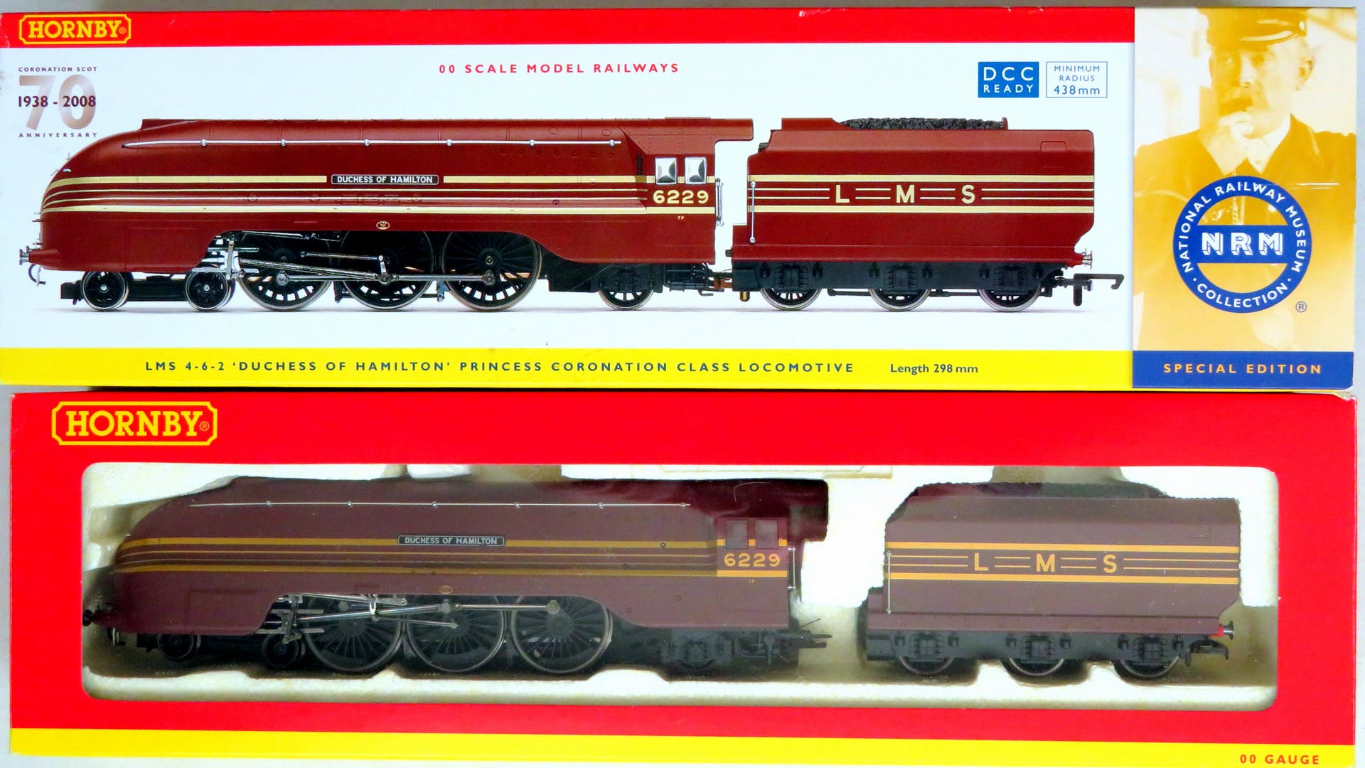 "Lot 207 - HORNBY (China) 00 gauge R2689 (DCC ready) Coronation Class 4-6-2 ""Duchess of Hamilton"" Loco and Tender"