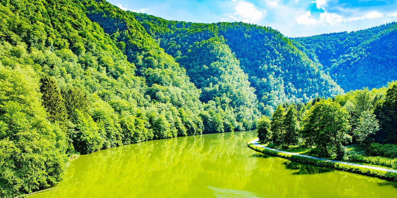 Les bords de la Meuse où s'évader